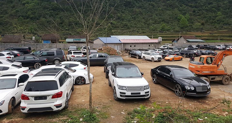 """Bãi xe siêu sang """"phơi mưa nắng"""" ít ai biết tại Cao Bằng"""