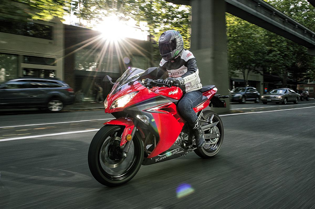 Vài nét về Kawasaki Ninja 300 và Kawasaki Ninja 650 mới