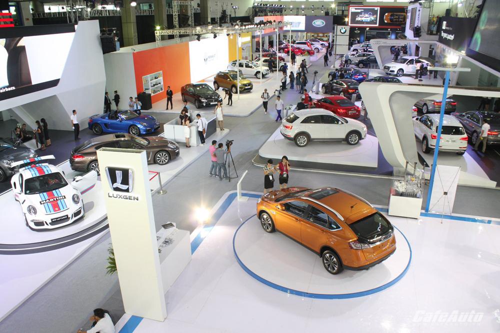 Doanh số các hãng ô tô tăng mạnh trong tháng 3