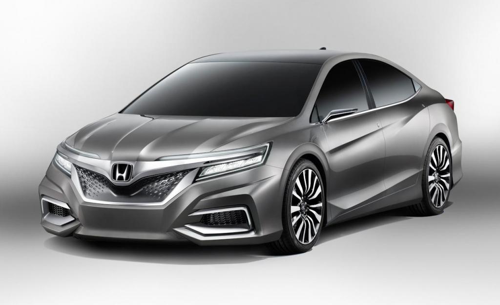Honda Accord 2018 rục rịch ra mắt trước sức ép từ Toyota Camry