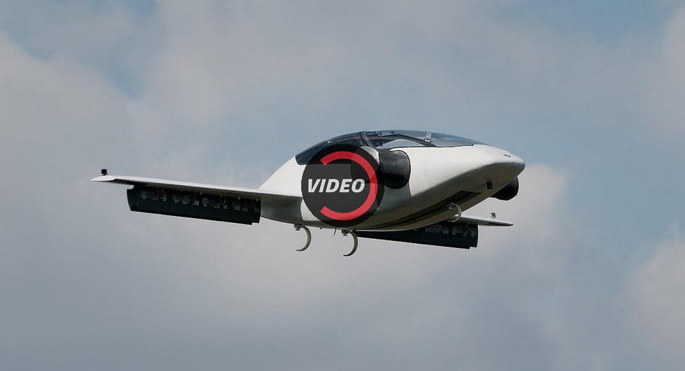 """Thử nghiệm thành công """"xe bay"""" cất cánh thẳng đứng"""