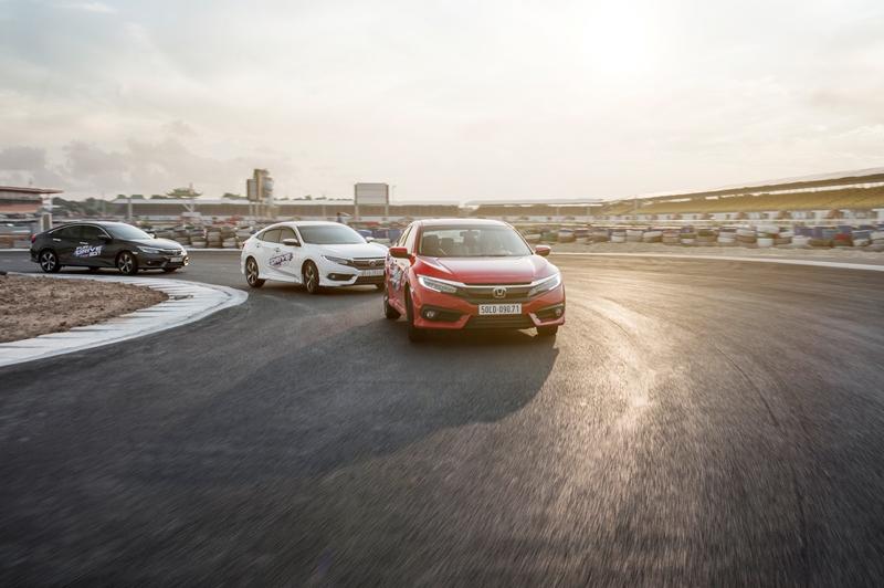 Honda Civic Fun-to-Drive: Trải nghiệm sự thú vị khi cầm lái cùng Honda Civic thế hệ mới!
