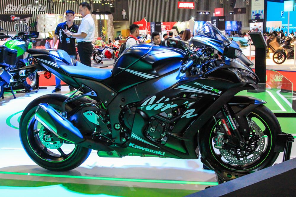 Hàng hiếm Kawasaki Ninja ZX-10RR 2017: Chỉ có 5 chiếc tại Việt Nam