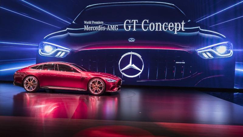 Siêu xe thể thao Mercedes-AMG GT trình làng bản thương mại vào năm 2018