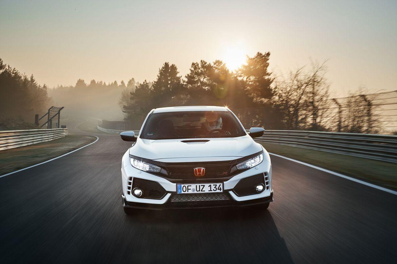 Honda Civic Type R chỉ tiêu tốn 11,3 lít/100 km