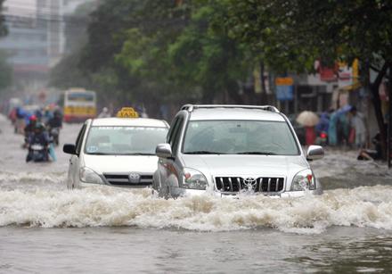 Bảo dưỡng ôtô sau khi đi mưa