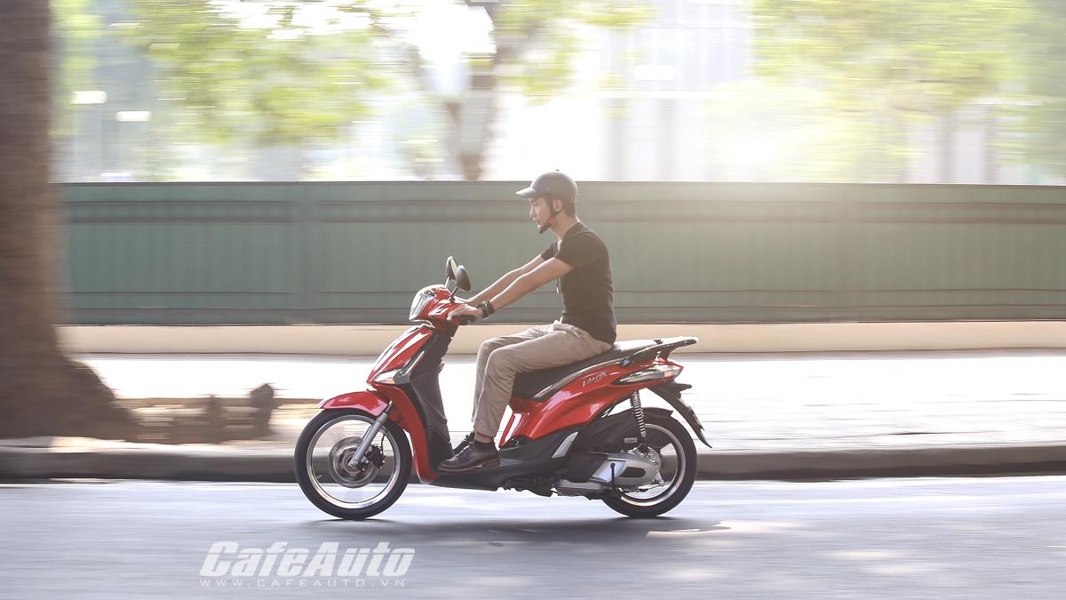 Mẹo đi xe máy sao cho tiết kiệm xăng nhất