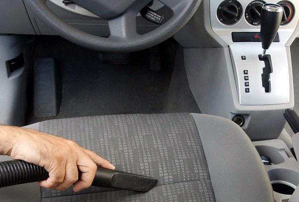 Tư vấn: Cần làm gì để vệ sinh ghế da ô tô?