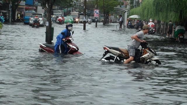 Cách xử lý khi xe tay ga bị ngập nước