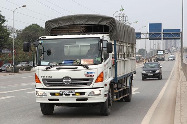 Quy trình xin cấp phù hiệu xe tải ?