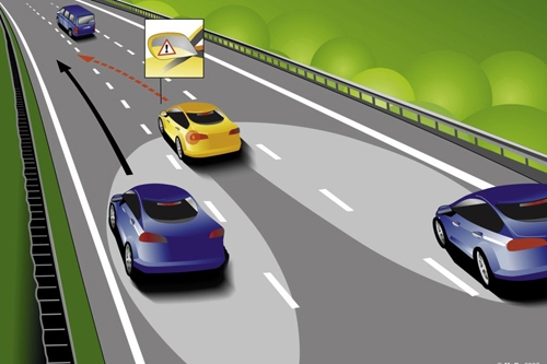 Sai lầm chết người khi chuyển làn trên cao tốc