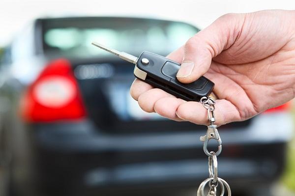 Muốn mua ô tô là tài sản cá nhân cho con trai?