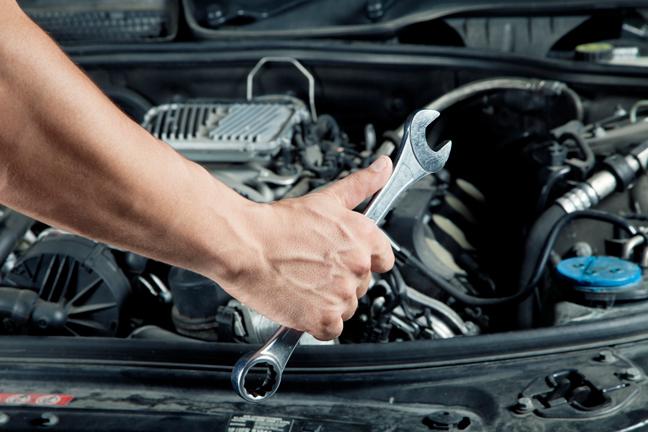 """6 mùi lạ giúp bạn """"bắt bệnh"""" cho chiếc xe của chính mình"""