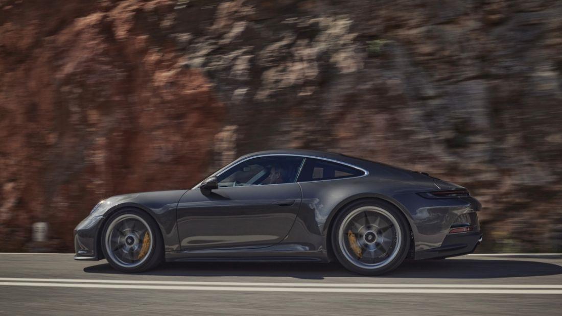 Chi tiết Porsche 911 GT3 chạy đường dài khỏe hơn với gói trang bị Touring