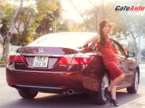 Dịu dàng sắc xuân bên Honda Accord