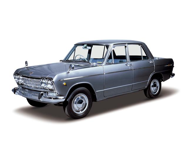 1965 Skyline 1500 Deluxe - Máy G1 (4-cyl. in line, OHV), 1,484cc, 51kW (70PS), tốc độ tối đa 135kmh