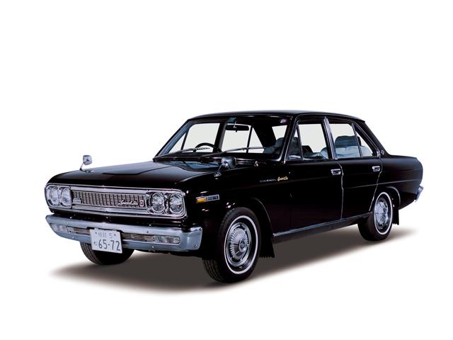 1968 Cedric Special 6 - Máy L20 Single (6-cyl. in line, OHC), 1,998cc, 77kW (105PS), tốc độ tối đa 150kmh