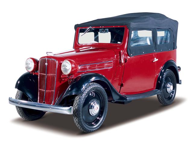 1938 Datsun 17 Phaeton - Máy Type 7 (4-cyl. in line, SV), 722cc, 12kW (16PS), tốc độ tối đa 80kmh