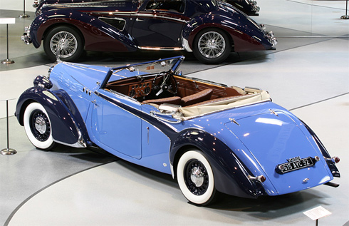 Voisin C30 Dubos 1938 mui trần