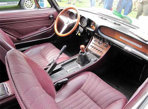 Nội thất Fiat đời 1967.
