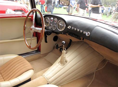 Siata từng là một cửa hàng độ xe rồi trở thành hãng sản xuất vào năm 1926 do một tay đua không chuyên sáng lập.