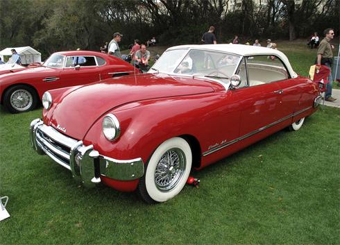 Muntz Jet đời 1952 do hãng xe Mỹ Muntz chế tạo.