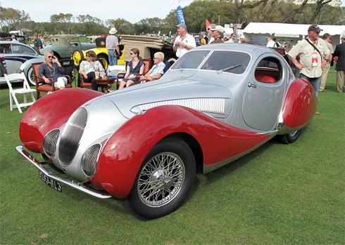 Talbot-Lago T150C - mẫu xe Pháp với những đường lượn ấn tượng.