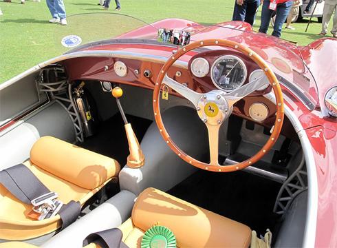 27 chiếc 212 Export được chế tạo chỉ để tham gia các giải đua GT và xe thể thao.