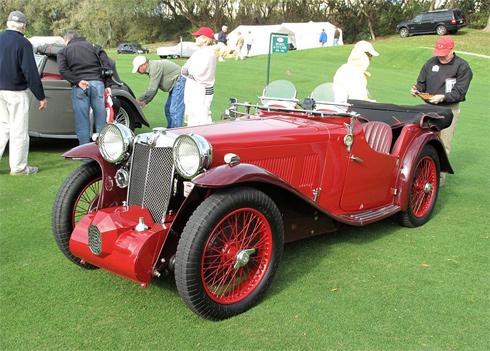MG L1 đời 1933 - xe thuộc hãng MG Car của Anh, được biết đến với những mẫu 2 chỗ mui trần.