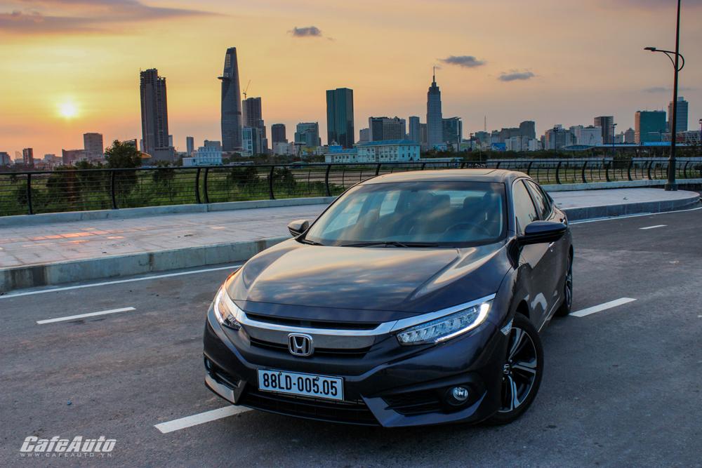Honda Civic 2017: Lột xác ngoạn mục