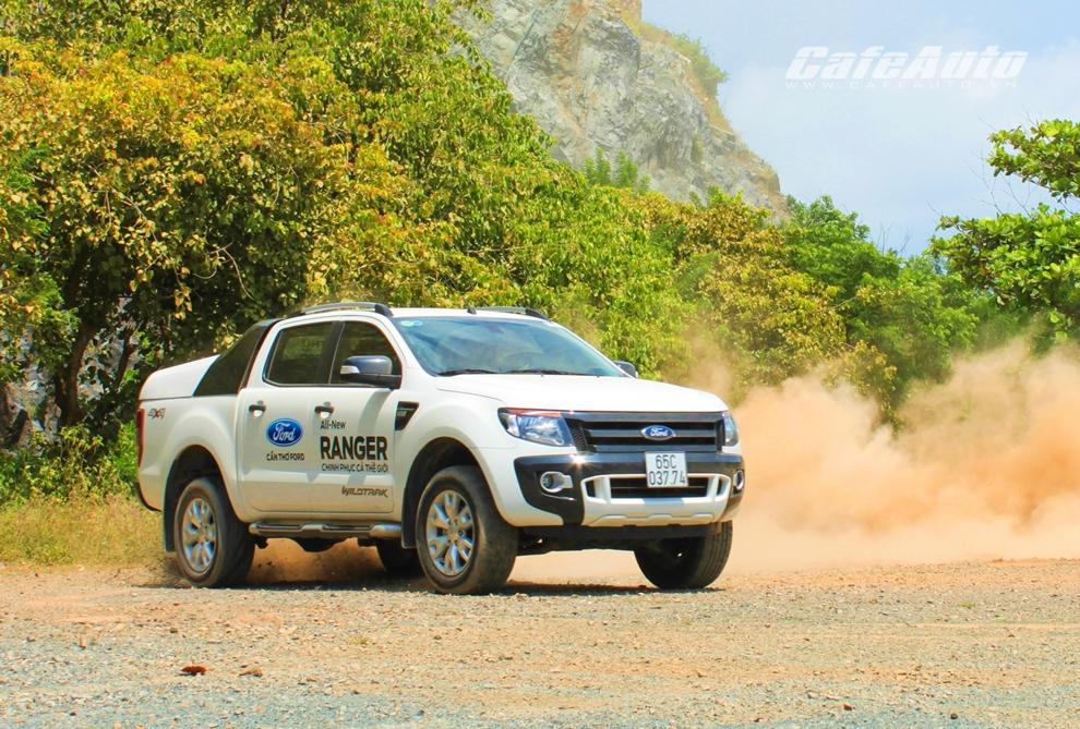 Thử sức Ford Ranger WildTrak 3.2L - Pickup