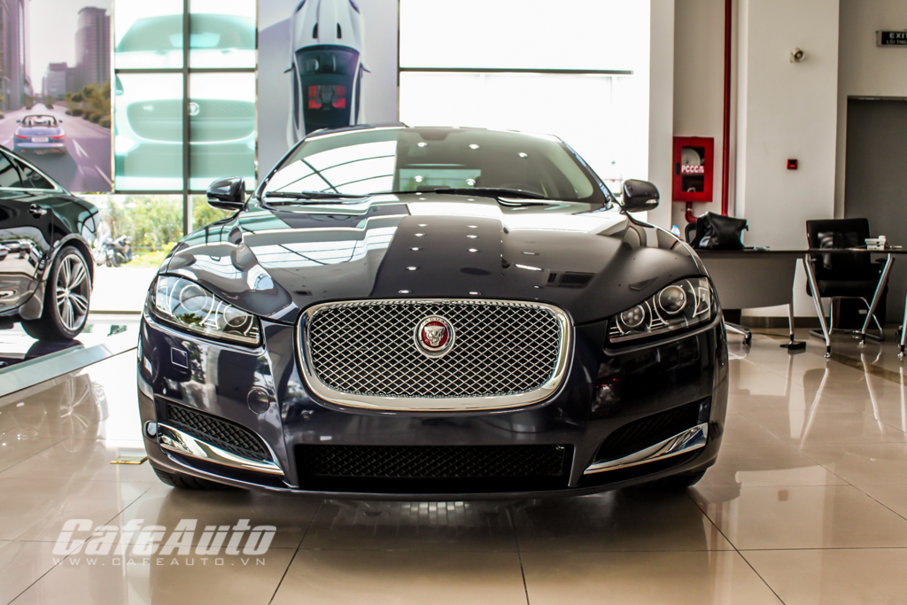 Jaguar XF, cơn gió lạ đậm chất Ăng-lê