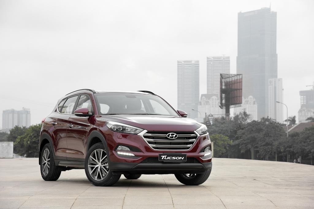 """Hyundai Tucson 2016 có gì để """"đấu"""" với những đối thủ Nhật Bản?"""