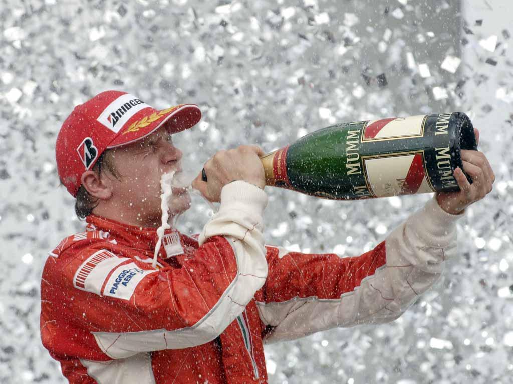 Ferrari xác nhận Kimi Raikkonen nằm trong đội hình 2014