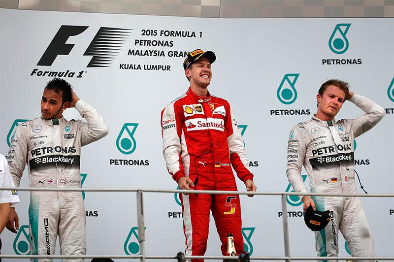 F1: Ferrari phá thế độc tôn của Mercedes