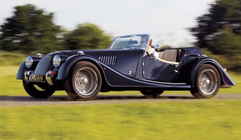 Morgan Roadster 3.7 Liter: phong cách cổ điển và công nghệ hiện đại