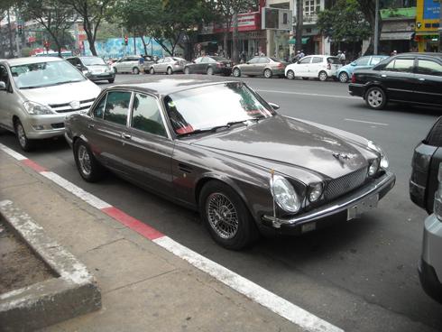 Jaguar XJ6 - xế cổ Anh quốc trên đất Sài Gòn