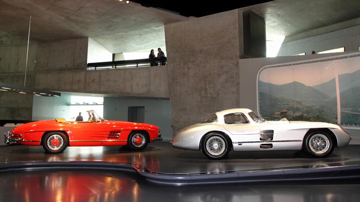 Khám phá bảo tàng Mercedes-Benz