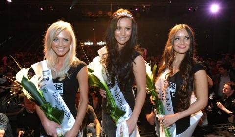 Frizzi Arnold đoạt vương miện Hoa hậu xe độ 2012