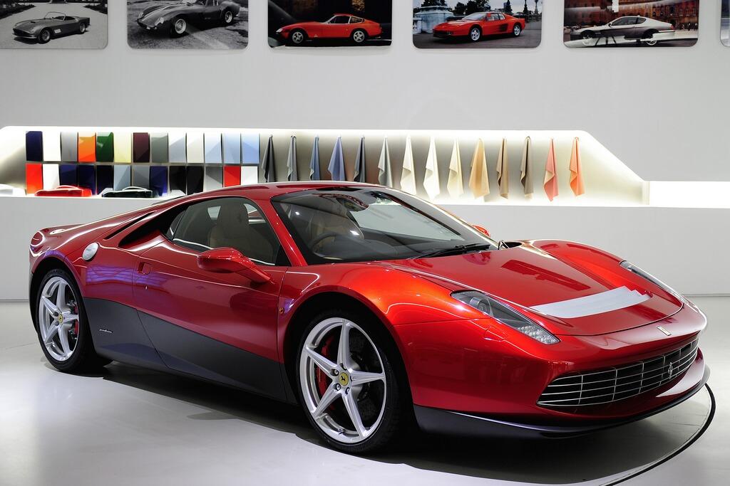 Ferrari  công bố hình ảnh mới của chiếc SP12 EC