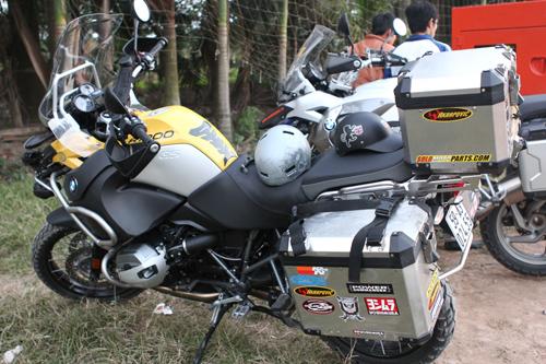 Mô tô BMW tiền tỷ của dân chơi Sài Gòn