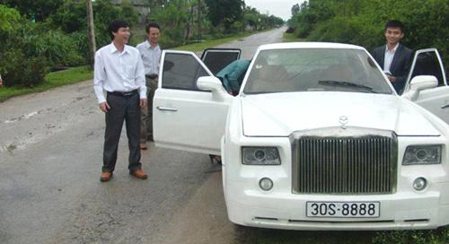 Chế Rolls-Royce Phantom 'made in Vietnam' hết 240 triệu đồng