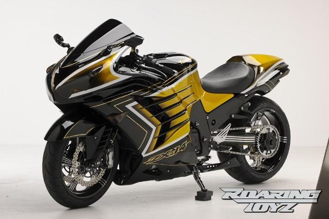 """Kawasaki """"khoe mẽ"""" ZX-14R dát vàng"""