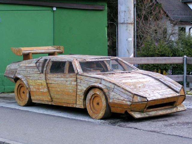Muôn vàn kiểu ăn theo Lamborghini
