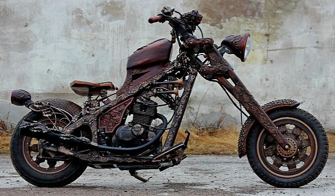 Chiếc motor gỗ đẹp như một tác phẩm nghệ thuật