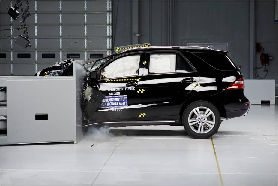 Mercedes lần đầu đạt giải thưởng an toàn TSP+ của IIHS