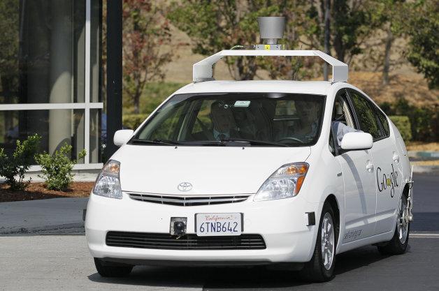Xe tự lái sẽ chiếm lĩnh đường phố vào năm 2050