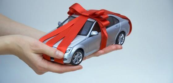 Những món quà Valentine tuyệt nhất cho chàng mê xe