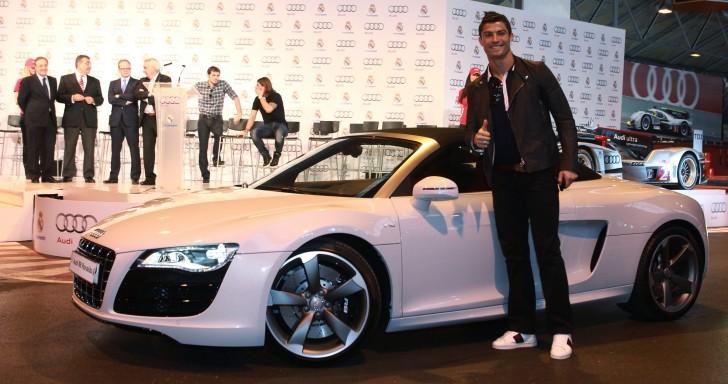 Chiêm ngưỡng bộ sưu tập xe khủng của Cristiano Ronaldo
