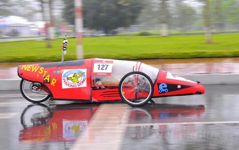 Xe tự chế:1 lít xăng đi được hơn 1.164 km